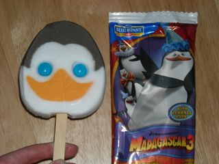 Penguins-Icecream-D-penguins-of-madagascar-30828696-2560-1920