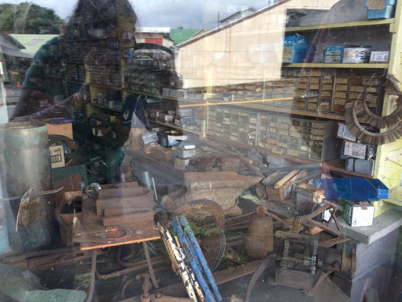 Shop window (2)
